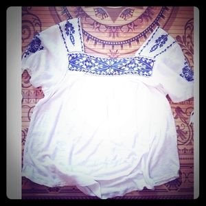Lucky Brand flowy peasant blouse
